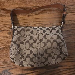 Coach Bags - Coach purse with buckle detail